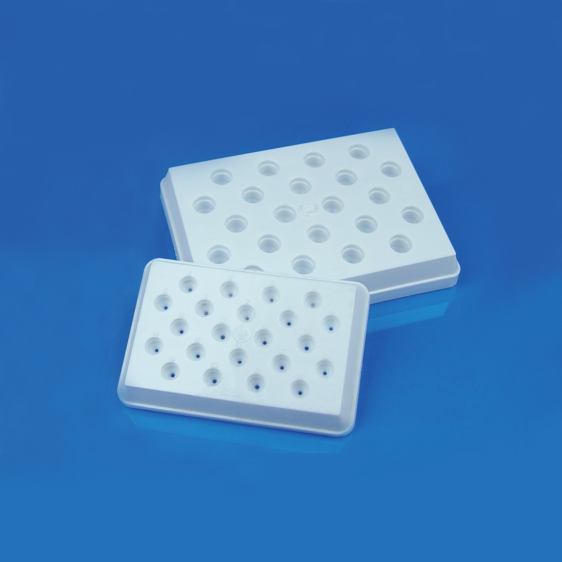 BEEM<sup>®</sup> Capsule Holders, Regular (heat curing), Size 00